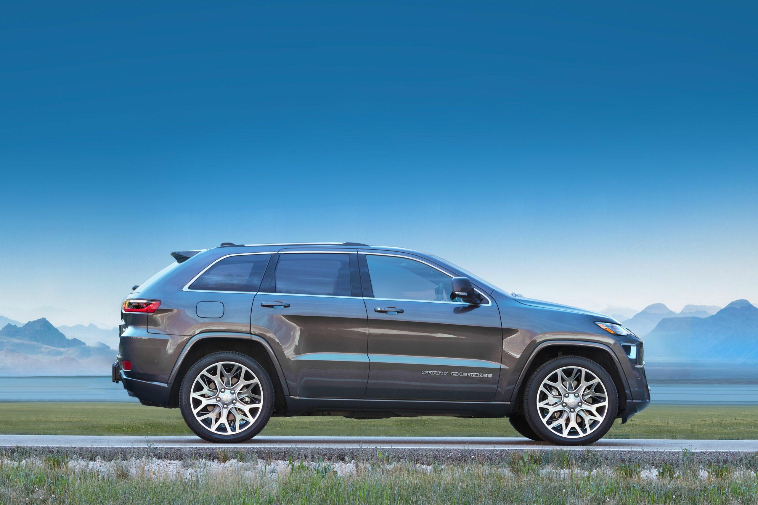2021 jeep grand cherokee srt8