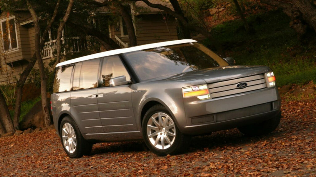 2022 Ford Flex Pictures